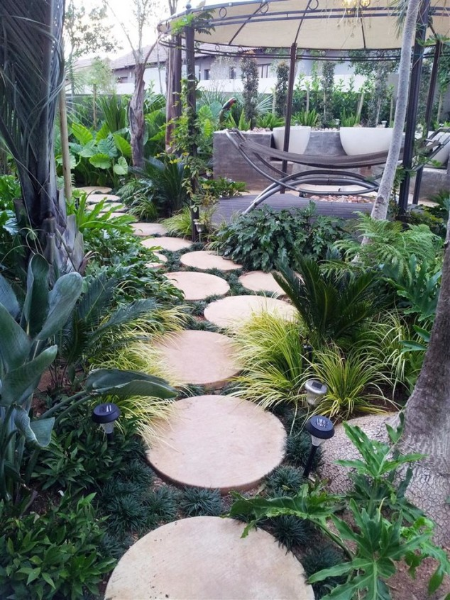 15 creative round stepping path ideas for garden (8)