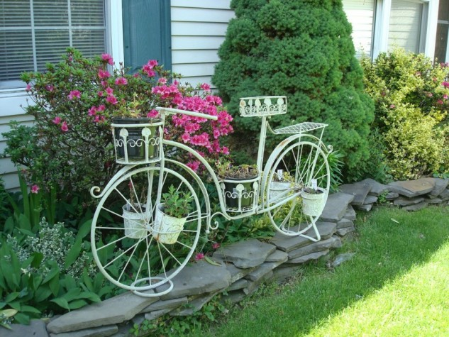 15 ideas for decorative garden with special details (11)