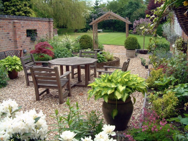 15 ideas for decorative garden with special details (7)