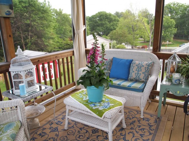 16-welcoming-colorful-porch-designs (10)