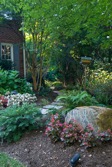 17 ideas-for-decorating-your-exterior-with-boulders (18)