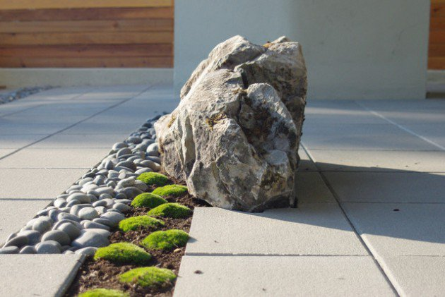 17 ideas-for-decorating-your-exterior-with-boulders (6)