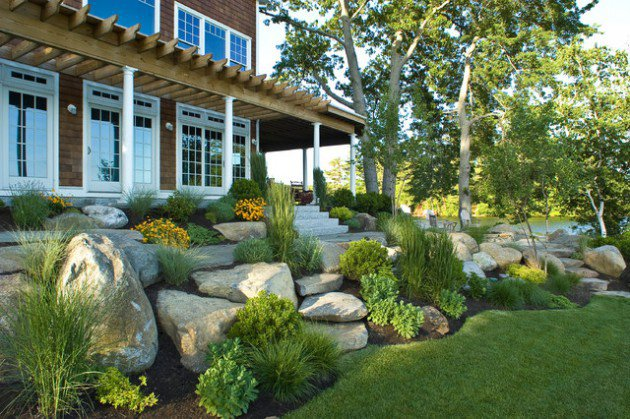 17 ideas-for-decorating-your-exterior-with-boulders (7)