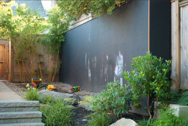 17-kids-friendly-backyards (10)