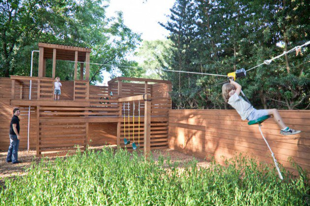 17-kids-friendly-backyards (16)