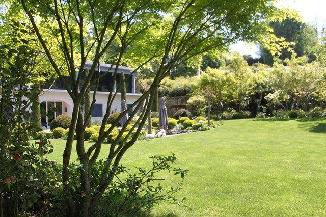 17-lively-shabby-chic-garden-designs (15)