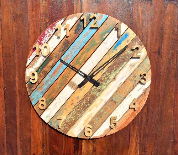 18-Slick-Handmade-Reclaimed-Wood-DIY-Projects-That-Youll-Do-Right-Away-8