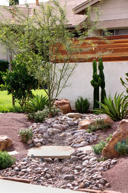 18 landscape designs with rocks stones (16)