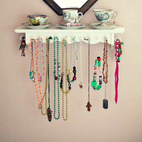 19 diy hanging jewelry (11)