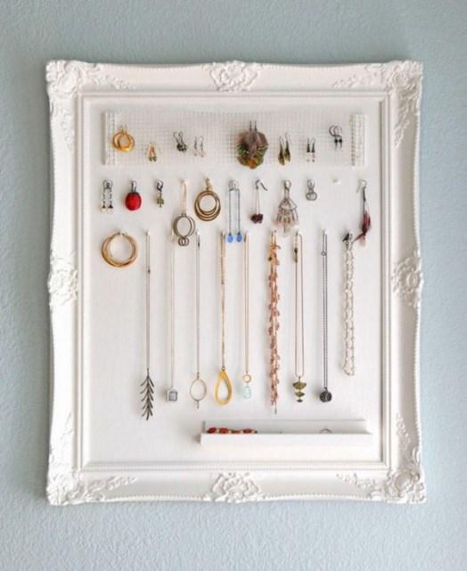 19 diy hanging jewelry (14)
