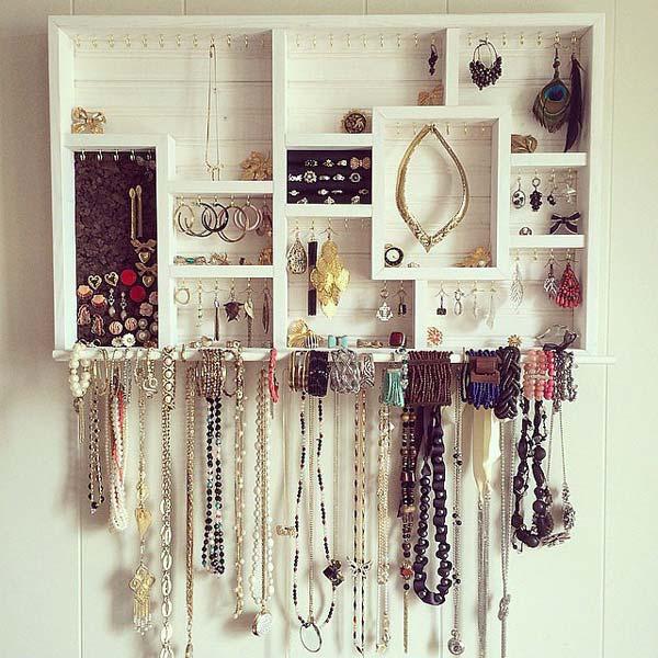 19 diy hanging jewelry (3)