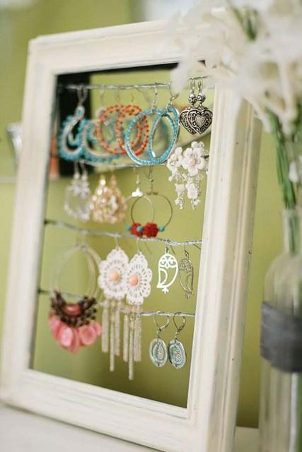 19 diy hanging jewelry (8)