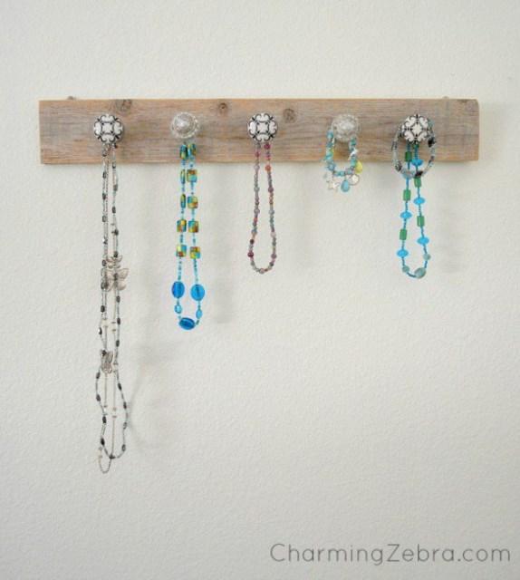 19 diy hanging jewelry (9)