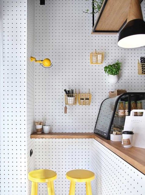 20 pegboard ideas to organize room (18)