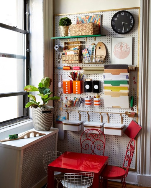 20 pegboard ideas to organize room (2)
