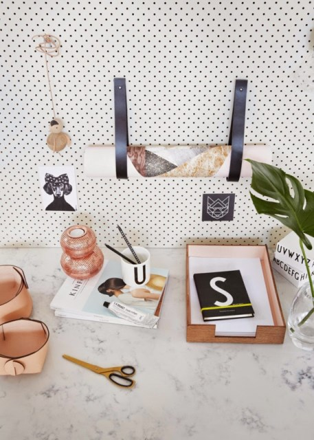 20 pegboard ideas to organize room (9)