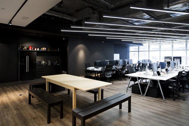 9gag-office-hongkongg (5)
