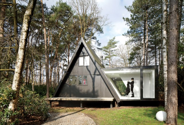 A-frame-house-designrulz-1-1