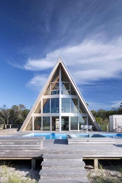 A-frame-house-designrulz-22
