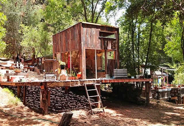 Bohemian Style Home (2)