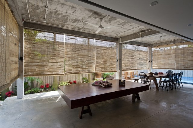 Contemporary home tropical Materials wood and cement (10)