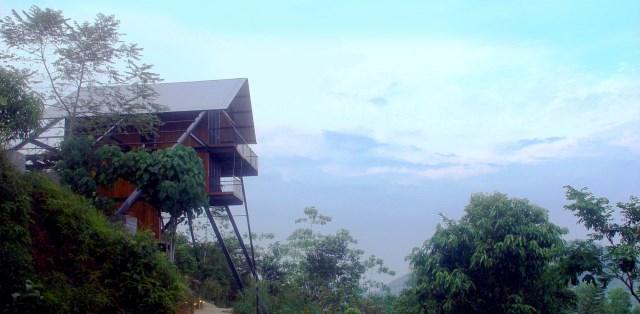 Hillside villa cabins style (13)