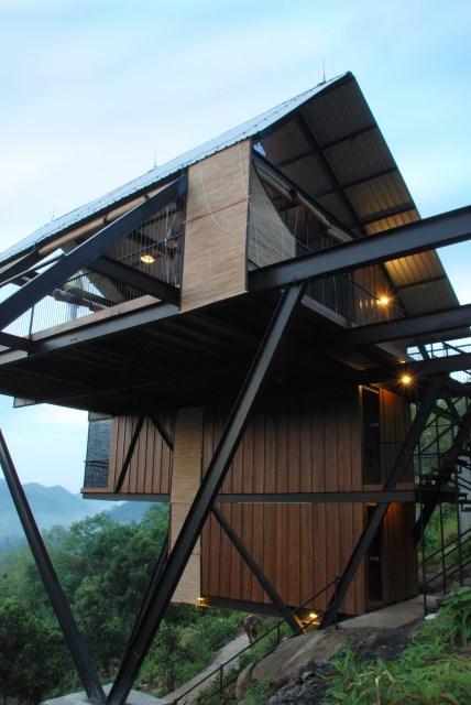 Hillside villa cabins style (5)