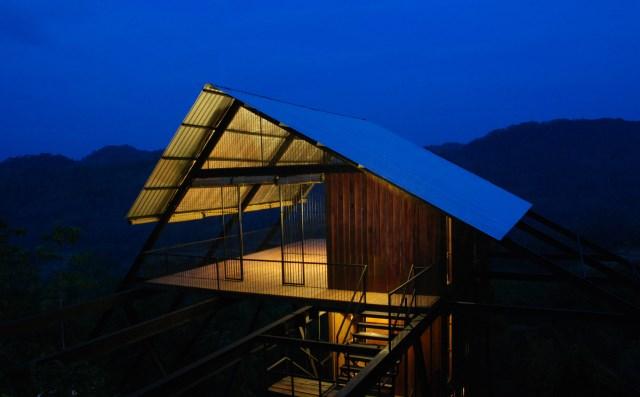 Hillside villa cabins style (8)