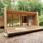 บ้านตากอากาศขนาดกะทัดรัด ตกแต่งในสไตล์โมเดิร์นมินิมอล ด้วยงานไม้ทั้งหลัง