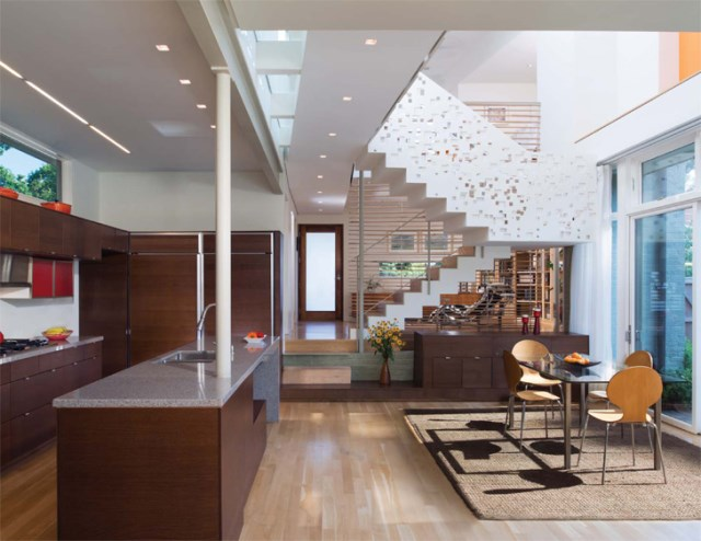 Modern homemixture of wood  brick and glass (5)