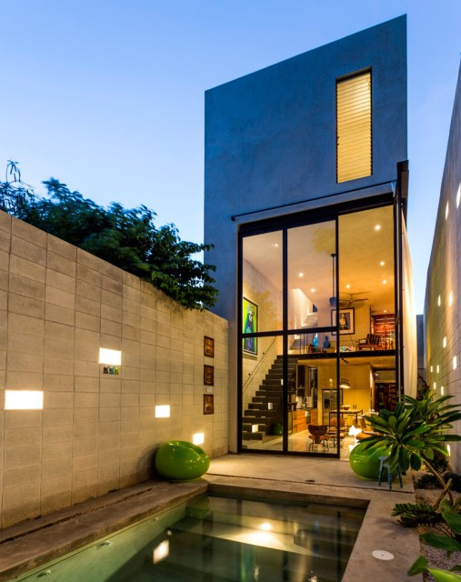 Modern homes With outdoor relaxation And pool (9)
