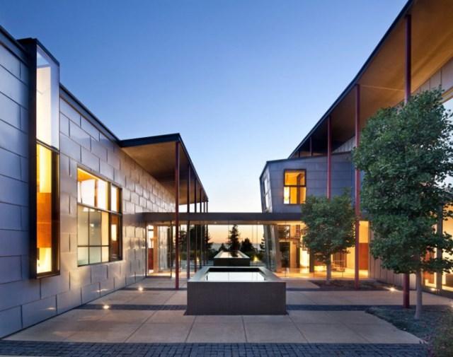 Modern house With modern garden (15)
