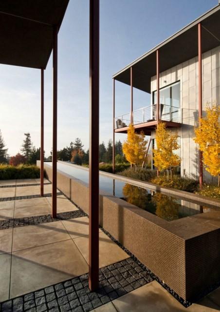 Modern house With modern garden (8)