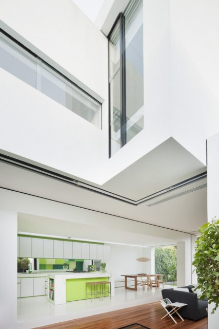 Modern house white and green (13)