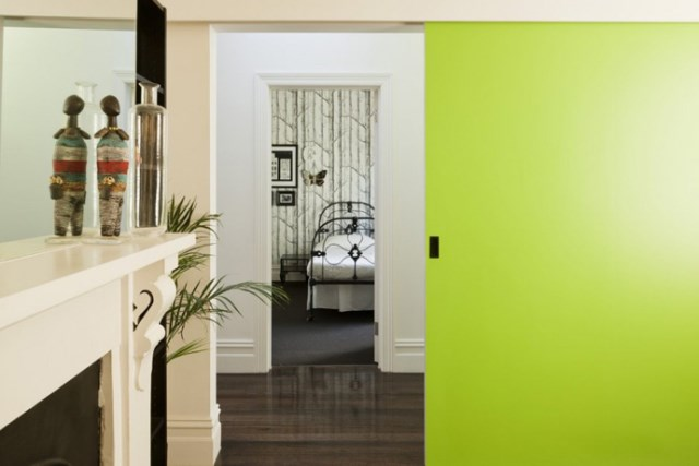 Modern house white and green (6)