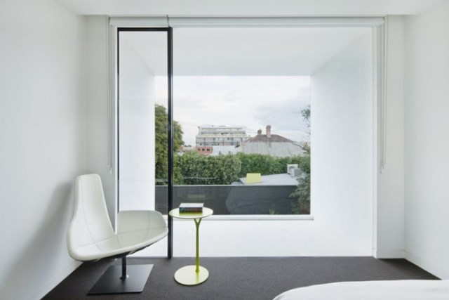 Modern house white and green (9)