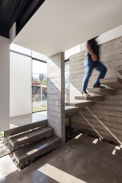 Two-storey Medium house Modernlofts Wood and cement (15)