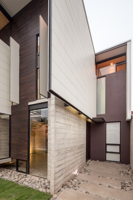 Two-storey Medium house Modernlofts Wood and cement (8)