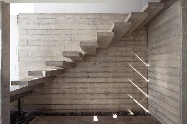 Two-storey Medium house Modernlofts Wood and cement (9)