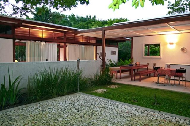 Villa Modern house resort mood materials of wood (2)