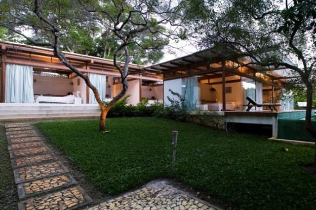 Villa Modern house resort mood materials of wood (4)