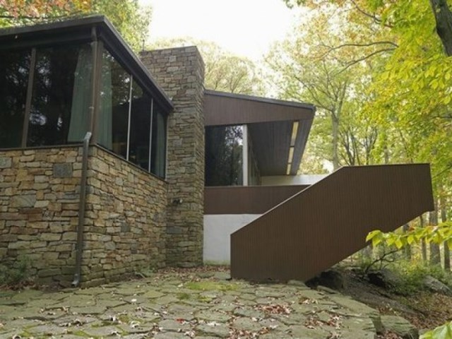 Villa house Decorated with steel stone and glass (11)