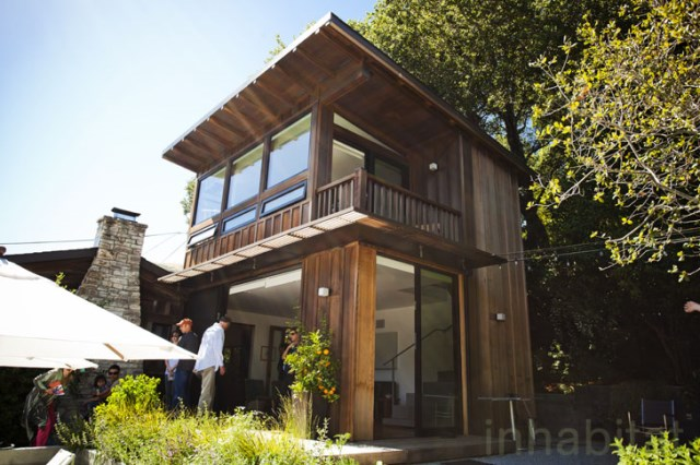 Wooden cabin house With swimming pool (7)