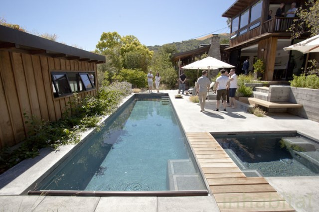 Wooden cabin house With swimming pool (9)