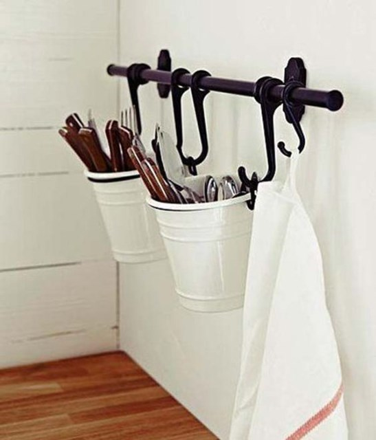 bucket-cutlery-storage-solution