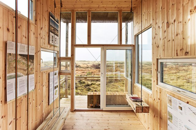 cabin made from recycled (7)