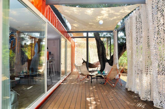 container guesthouse (1)