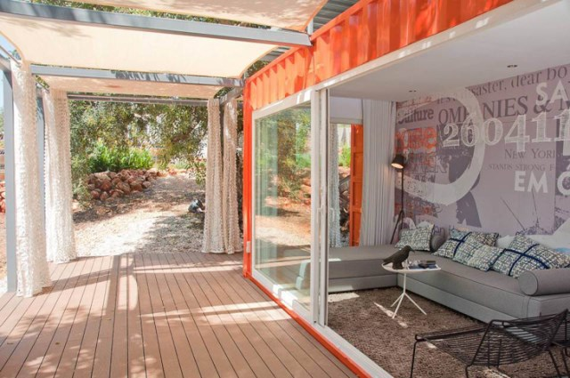 container guesthouse (12)