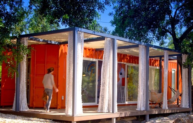 container guesthouse (9)