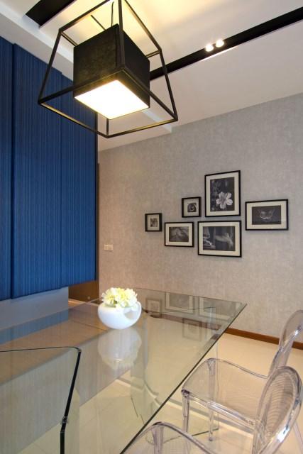contemporary two-storey house elegant shape (7)